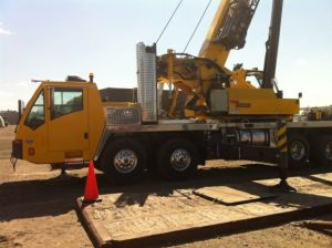 9000E Crane | Pioneer Machine and Crane | Alberta Machine Rentals and Shop